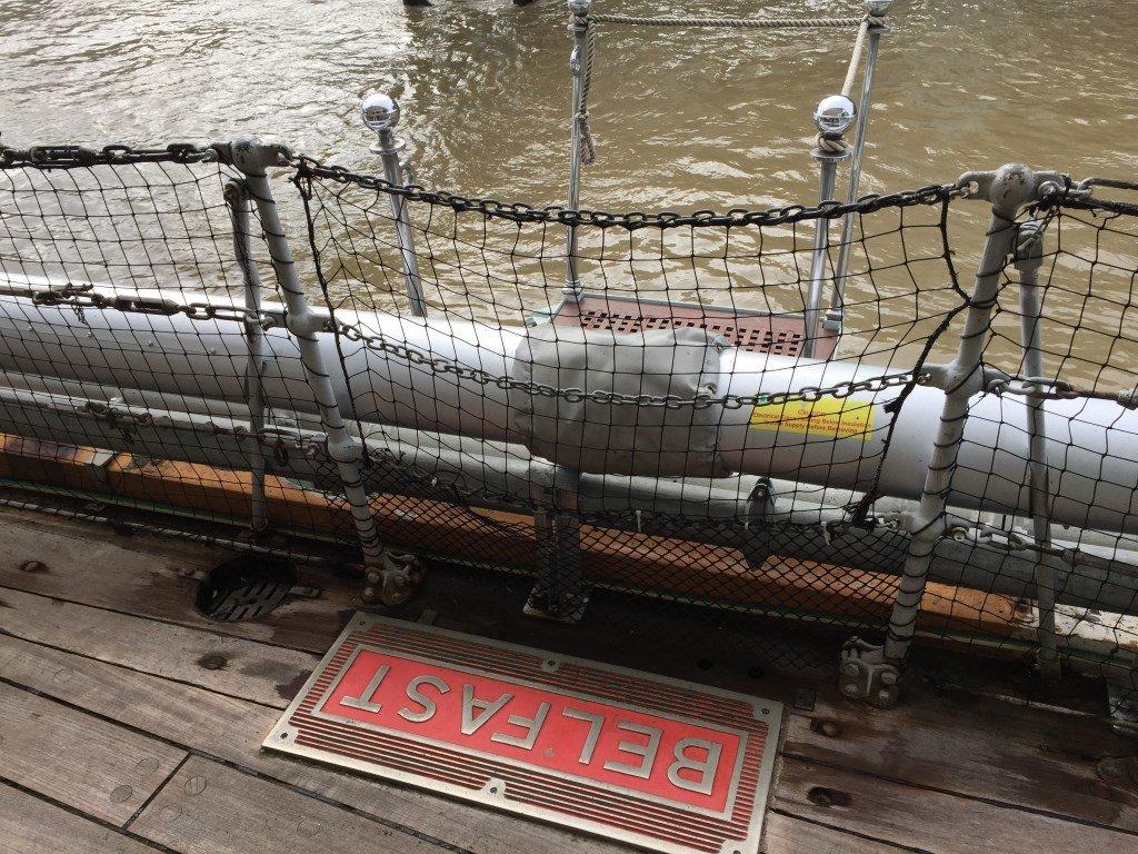 HMS Belfast Londres Popa
