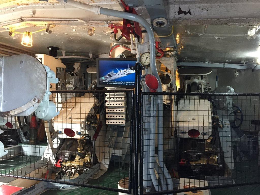 Interior Torre HMS Belfast Londres