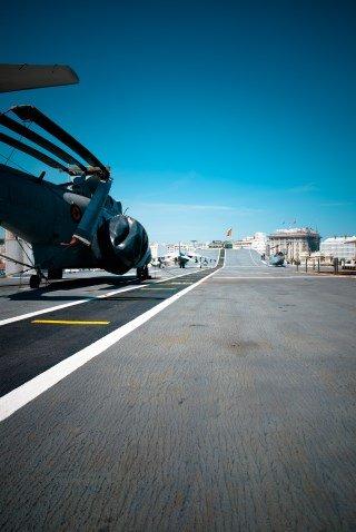 SH-3W Sea King Alerta Temprana de la Armada Española en el portaaviones Principe de Asturias