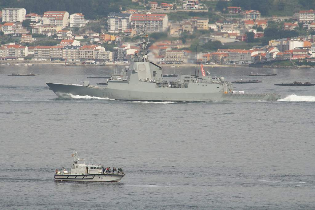 fragata clase F-100
